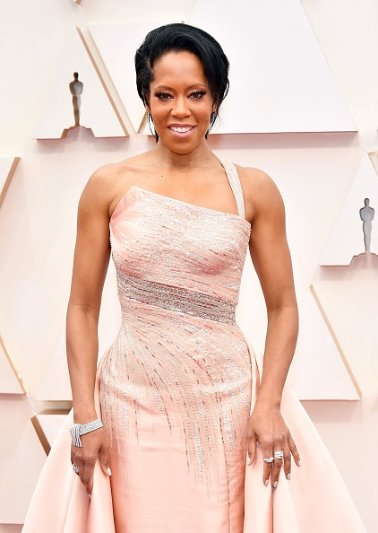 Index Finger Ring「92nd Annual Academy Awards - Arrivals」:写真・画像(1)[壁紙.com]