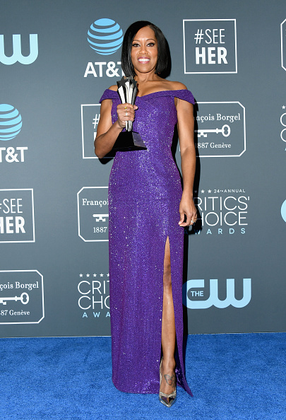 フロアレングス「The 24th Annual Critics' Choice Awards - Press Room」:写真・画像(16)[壁紙.com]