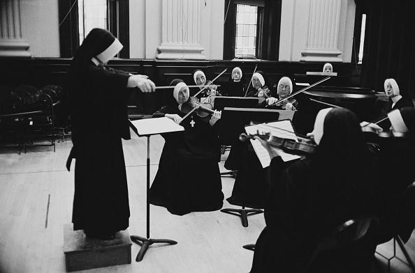 William Lovelace「Nuns Orchestra」:写真・画像(9)[壁紙.com]