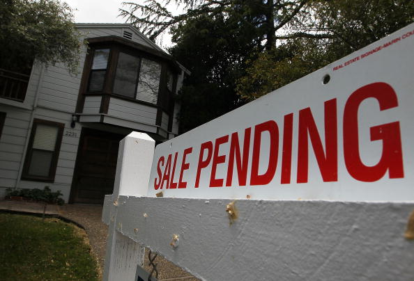 For Sale「April Home Sales Rise As Buyers Take Advantage Of Expiring Gov't Tax Credit」:写真・画像(8)[壁紙.com]