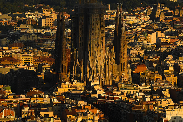 Sagrada Familia - Barcelona「Catalan Government Recommends Residents Of Barcelona To Stay Home」:写真・画像(9)[壁紙.com]