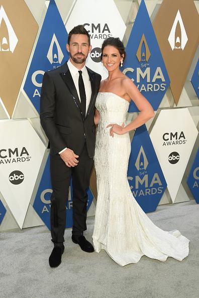 Music City Center「The 54th Annual CMA Awards - Arrivals」:写真・画像(4)[壁紙.com]