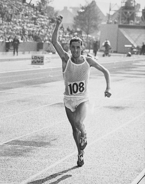 Winning「Ron Hill Wins Marathon」:写真・画像(16)[壁紙.com]