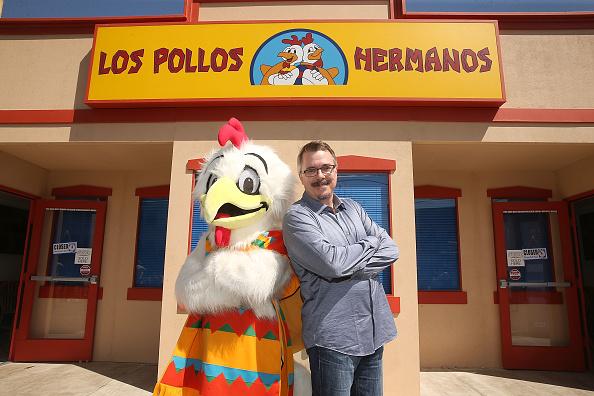 Three Quarter Length「Better Call Saul Los Pollos Hermanos Pop Up Restaurant in Downtown LA」:写真・画像(16)[壁紙.com]