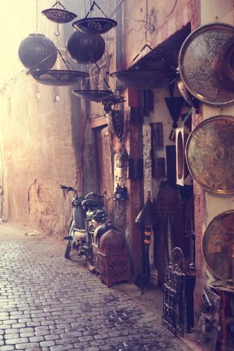 Market Stall「Antique Shop, Marrakesh, Morocco」:スマホ壁紙(18)