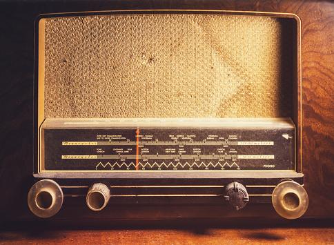 Auto Post Production Filter「Antique Shortwave Radio」:スマホ壁紙(16)