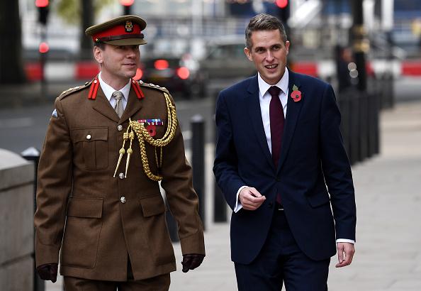 Department Of Defense「Gavin Williamson Announced As New British Defence Secretary」:写真・画像(5)[壁紙.com]