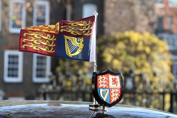 記章「The Queen And The Duke Of York Visit The Honourable Society Of Lincoln's Inn」:写真・画像(2)[壁紙.com]