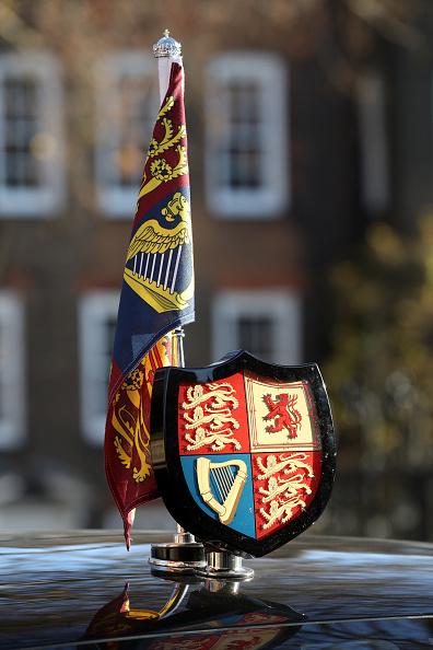 記章「The Queen And The Duke Of York Visit The Honourable Society Of Lincoln's Inn」:写真・画像(3)[壁紙.com]