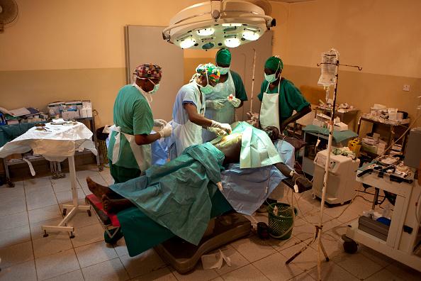 Tom Stoddart Archive「Red Cross Field Hospital In South Sudan」:写真・画像(5)[壁紙.com]
