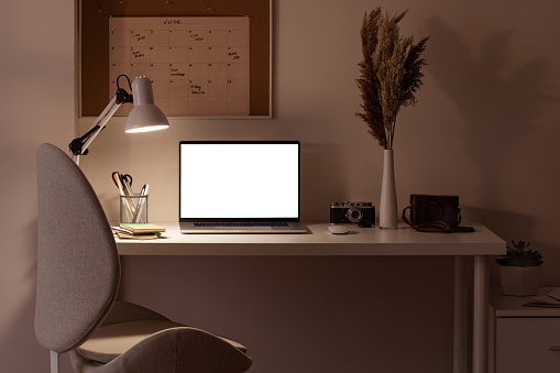 Diary「At home still life, cozy workplace with laptop」:スマホ壁紙(19)