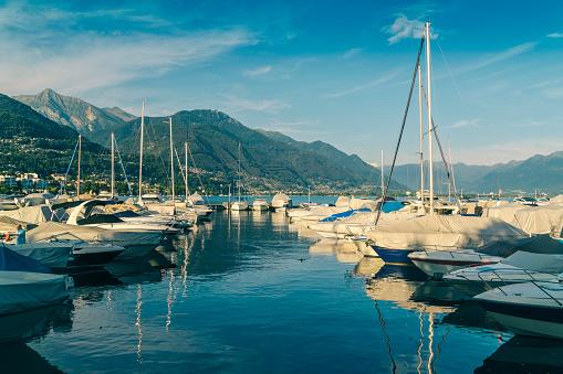 Cruise - Vacation「Sailboat harbor, Locarno, Ticino, Switzerland」:スマホ壁紙(10)