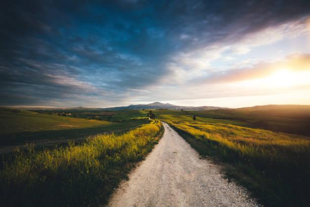 Val D'Orcia Landscape:スマホ壁紙(壁紙.com)