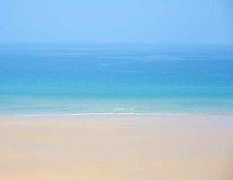 海「View of idyllic seascape.」:スマホ壁紙(6)