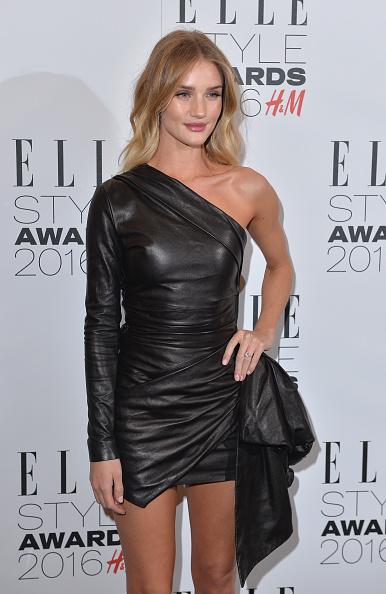 Rosie Huntington-Whiteley「Elle Style Awards 2016 - Winners Room」:写真・画像(9)[壁紙.com]