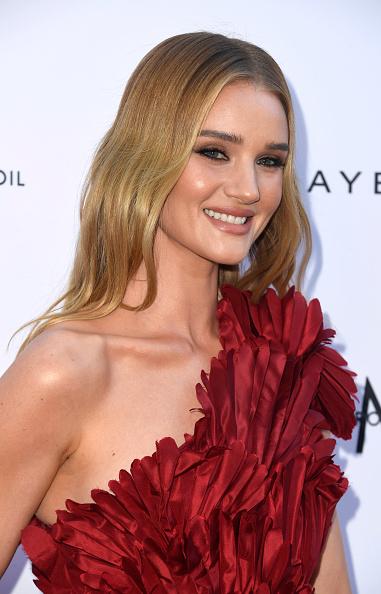 ロージー・ハンティントン・ホワイトリー「The Daily Front Row's 5th Annual Fashion Los Angeles Awards - Arrivals」:写真・画像(5)[壁紙.com]