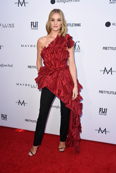 Rosie Huntington-Whiteley「The Daily Front Row's 5th Annual Fashion Los Angeles Awards - Arrivals」:写真・画像(4)[壁紙.com]