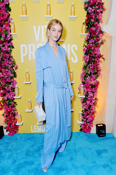 Rosie Huntington-Whiteley「Vital Proteins Collagen Water Product Launch Event」:写真・画像(14)[壁紙.com]