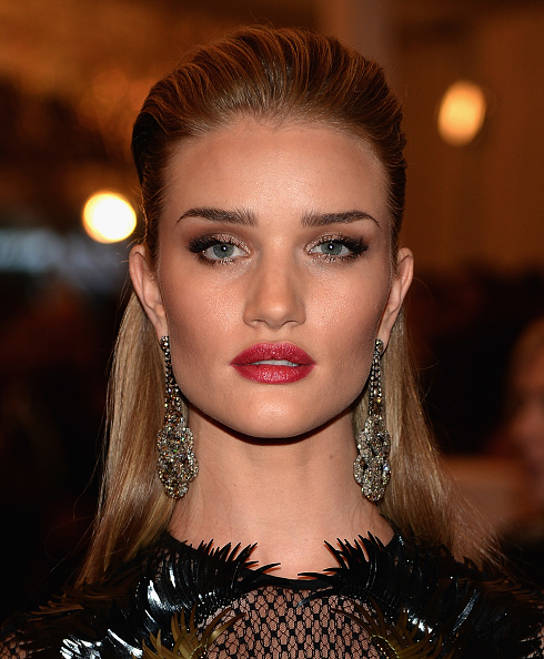 Rosie Huntington-Whiteley「2013 Costume Institute Gala - PUNK: Chaos To Couture」:写真・画像(9)[壁紙.com]