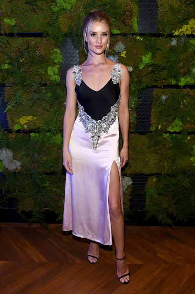 Rosie Huntington-Whiteley「INTERSECT By Lexus Preview Event」:写真・画像(19)[壁紙.com]