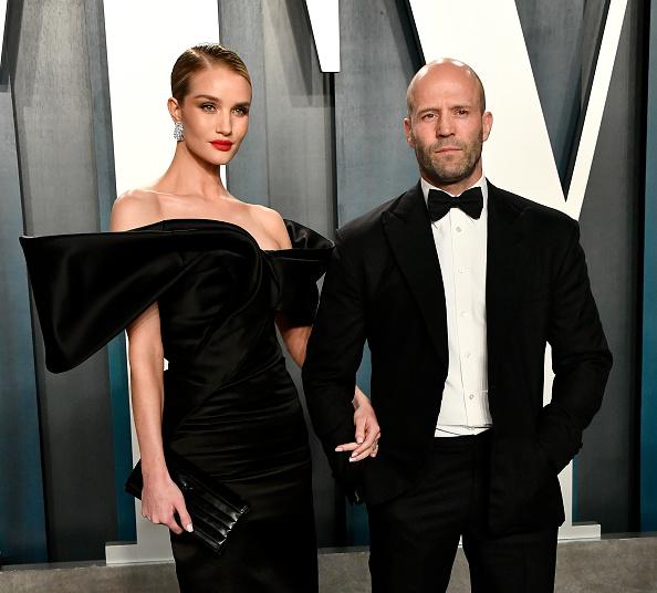 ロージー・ハンティントン・ホワイトリー「2020 Vanity Fair Oscar Party Hosted By Radhika Jones - Arrivals」:写真・画像(2)[壁紙.com]