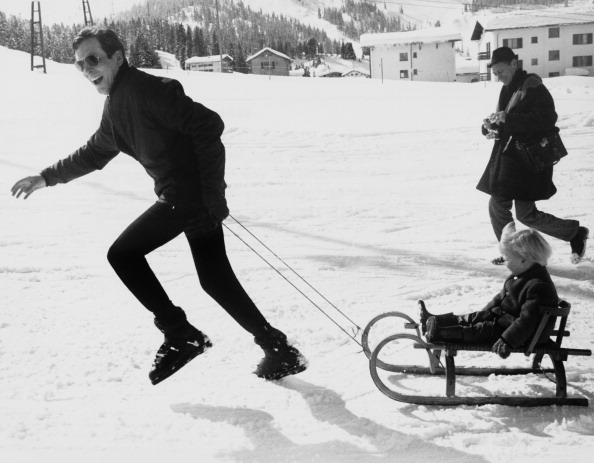 Sledding「Prince And Son In Lech」:写真・画像(9)[壁紙.com]