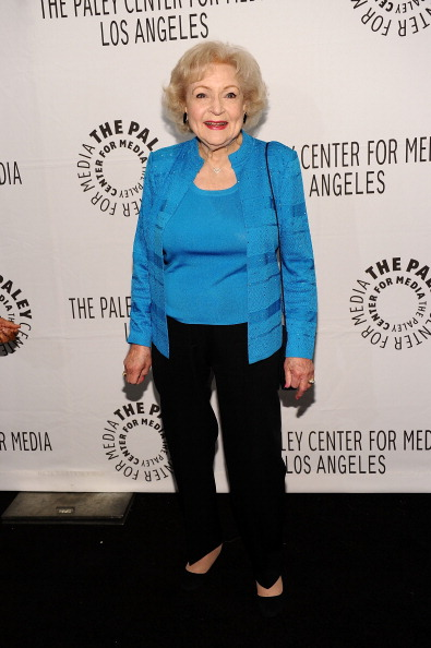 """Looking At Camera「Paley Center For Media's Paleyfest 2011 Event Honoring """"Hot In Cleveland""""」:写真・画像(14)[壁紙.com]"""