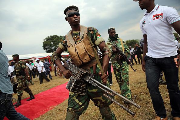 Burundi - East Africa「Burundi President Pierre Nkurunziza Holds Campaign Rally」:写真・画像(15)[壁紙.com]