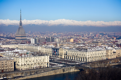 Piedmont - Italy「Mole Antonelliana tower and snow covered mountains, Turin, Italy」:スマホ壁紙(18)