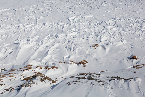 Snowdrift「A windswept frozen ocean shoreline」:スマホ壁紙(18)