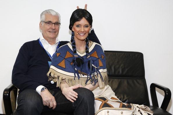Traditional Clothing「'Yakari' Musical Stuttgart Premiere」:写真・画像(10)[壁紙.com]