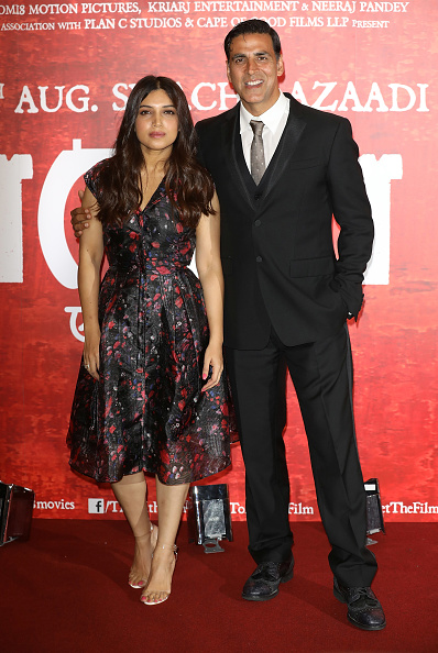 Two People「'Toilet: Ek Prem Katha (A Love Story)' Photocall」:写真・画像(12)[壁紙.com]