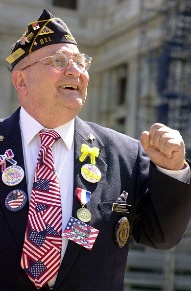 Toothy Smile「Philadelphia Rally In Support of U.S. Troops Involved In Conflict With Iraq」:写真・画像(9)[壁紙.com]