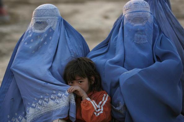 Kabul「Displaced Afghans Seek Refuge Outside Kabul」:写真・画像(15)[壁紙.com]