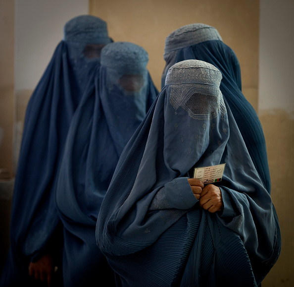 Kabul「Afghans Go To The Polls In Presidential Elections」:写真・画像(3)[壁紙.com]