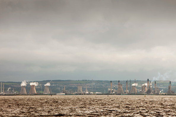 Greenhouse Gas「The Ineos oil refinery in Grangemouth Scotland, UK. The site is responsible for massive C02 emissions.」:写真・画像(12)[壁紙.com]