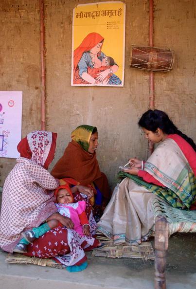 Women's Soccer「Family Planning Clinic, Agra, India」:写真・画像(7)[壁紙.com]