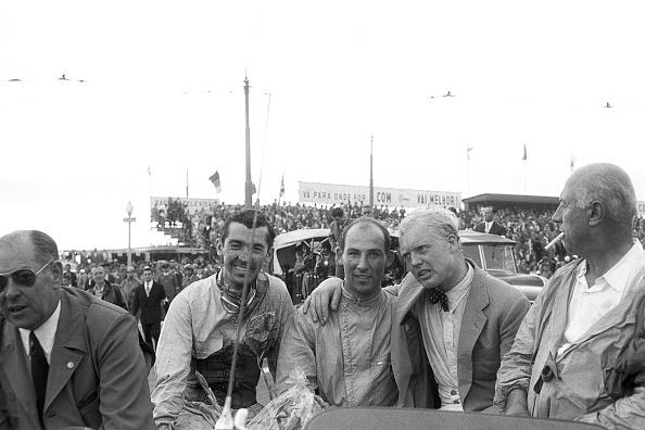 Portugal「Stuart Lewis Evans, Stirling Moss, Mike Hawthorn, Grand Prix Of Portugal」:写真・画像(14)[壁紙.com]