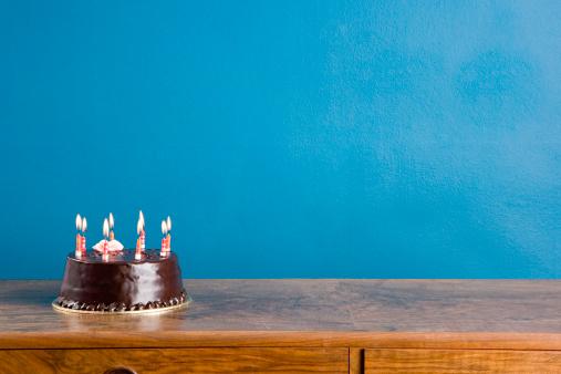 子供「誕生日ケーキ」:スマホ壁紙(16)