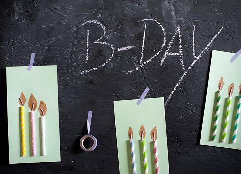 Birthday Card「DIY birthday cards hanging on blackboard」:スマホ壁紙(3)