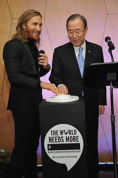 "United Nations Building「2013 David Guetta Premieres New Music Video ""One Voice"" Onto The Front Of UN Headquarters」:写真・画像(11)[壁紙.com]"