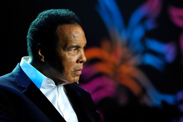 Mohammed Ali「2010 A Funny Thing Happened On The Way To Cure Parkinson's - Show」:写真・画像(7)[壁紙.com]