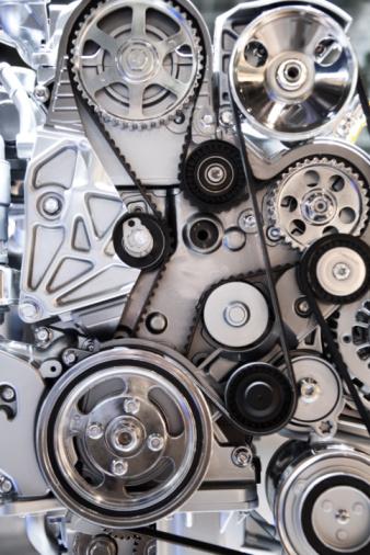 Engineering「Cogwheels and drive belts of motor car」:スマホ壁紙(4)