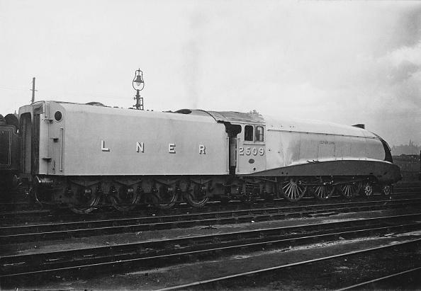 Aerodynamic「Silver Link Locomotive」:写真・画像(11)[壁紙.com]