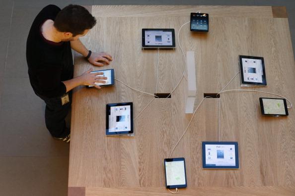 アップルストア「Apple's iPad Mini Goes On Sale In The UK」:写真・画像(12)[壁紙.com]