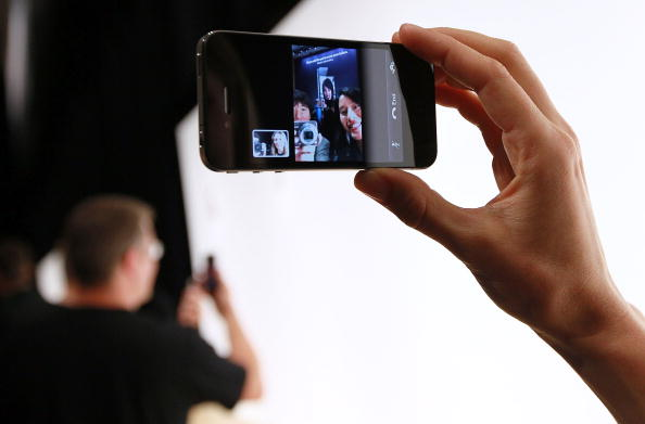 Wireless Technology「Apple Announces New iPhone At Developers Conference」:写真・画像(6)[壁紙.com]