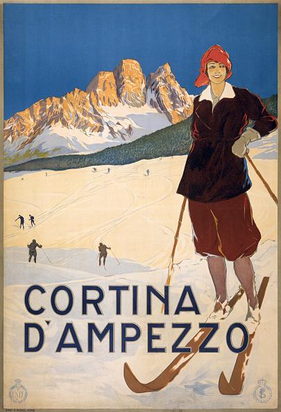 Ski Slope「Cortina D'Ampezzo Poster」:写真・画像(8)[壁紙.com]