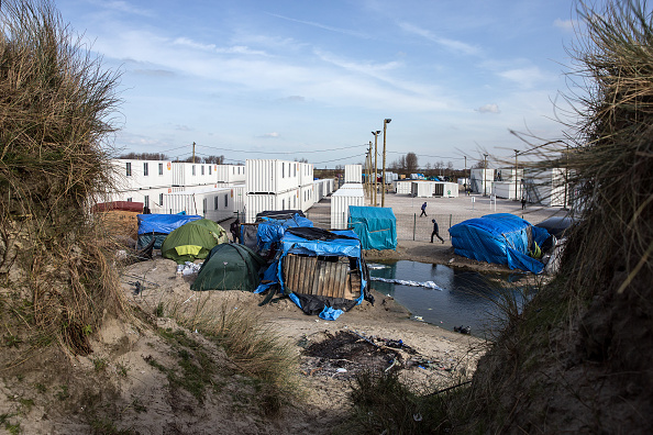 Calais「Destruction Of Calais Jungle Camp Begins」:写真・画像(6)[壁紙.com]