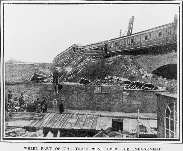 Train Crash「Grantham Railway Crash」:写真・画像(8)[壁紙.com]