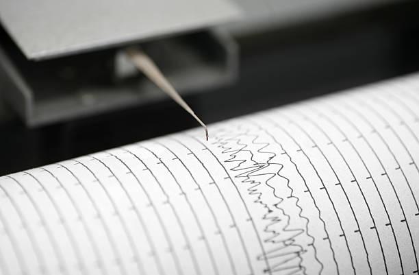 Seismometer printing details:スマホ壁紙(壁紙.com)